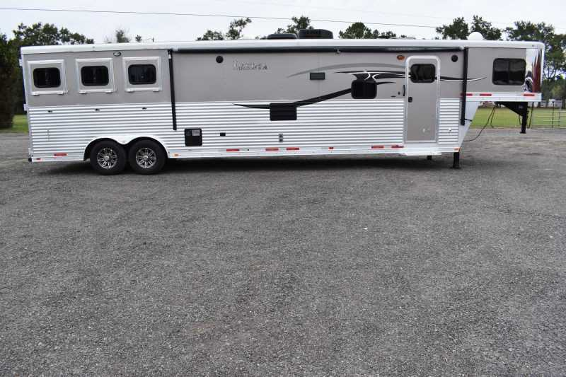 #00469 - Used 2015 Lakota Charger 3 Horse Trailer with 17' Short Wall