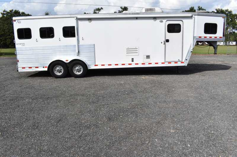 #51897 - Used 2006 Kiefer Built Genesis7312LQ 3 Horse Trailer with 12' Short Wall