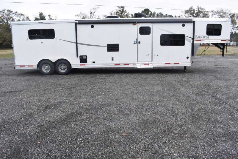 #01482 - New 2019 Lakota Colt 8315 3 Horse Trailer  with 15' Short Wall
