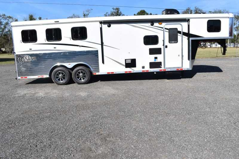 #08926 - New 2019 Bison Ranger 8309 3 Horse Trailer with 9' Short Wall