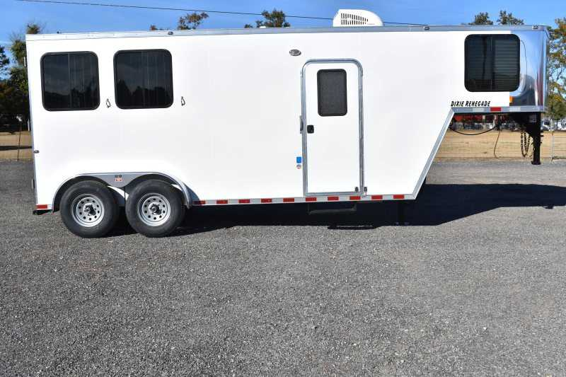 #00447 - New 2019 Harmar Dixie Star Renegade 7206LQ 2 Horse Trailer with 6' Short Wall