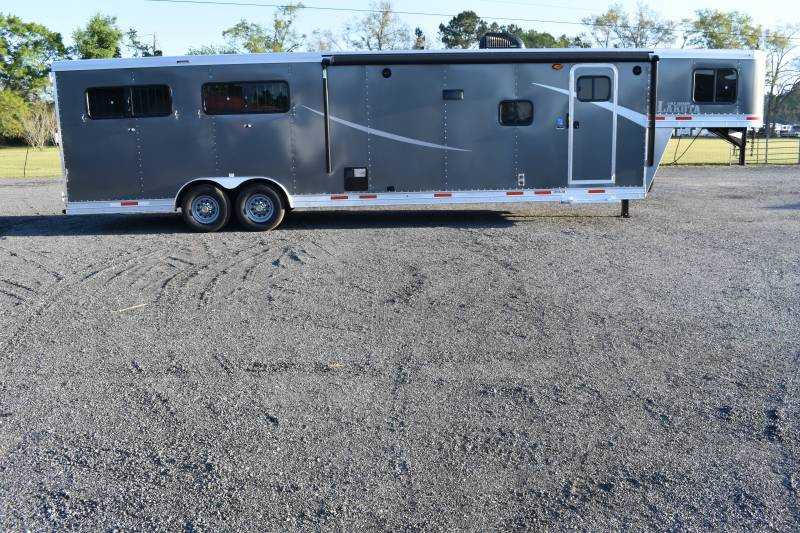 #00111 - New 2020 Lakota Colt 8413RKBSO 4 Horse Trailer with 13' Short Wall