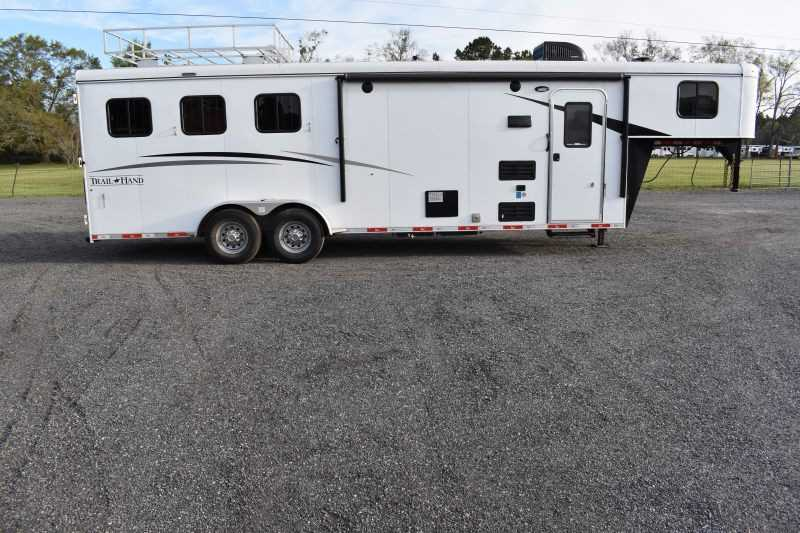 #07845 - Used 2018 Bison Trail Hand 7308 3 Horse Trailer with 8' Short Wall