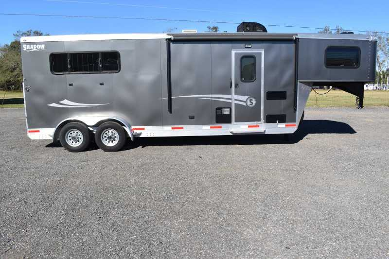 #73090 - Used 2017 Shadow 7308LQ 3 Horse Trailer with 8' Short Wall
