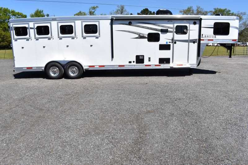 #00134 - New 2020 Lakota Charger 7409GLQ 4 Horse Trailer with 9' Short Wall
