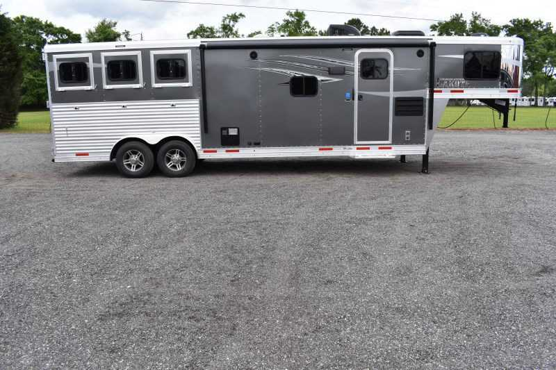 #00136 - New 2020 Lakota 8311RKGLQ Charger 3 Horse Trailer with 11' Short Wall
