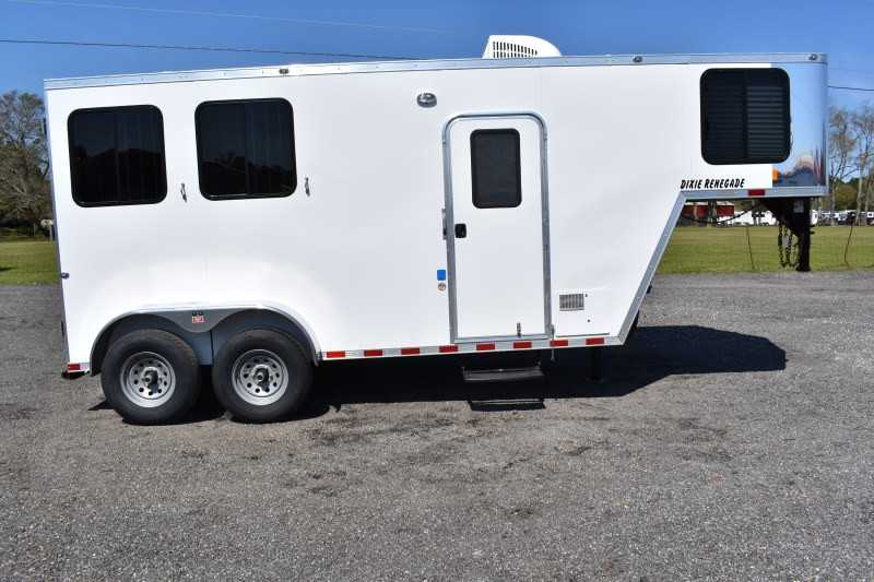 #00462 - New 2019 Harmar Dixie Renegade 7204LQ 2 Horse Trailer with 4' Short Wall