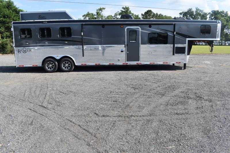 #09053 - New 2020 Bison Ranger 8314LSO 3 Horse Trailer  with 14' Short Wall