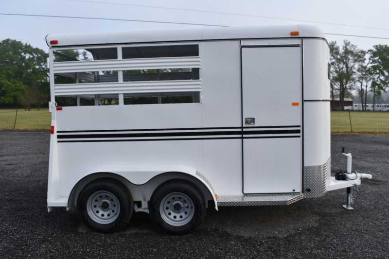 #77992 - New 2019 Bee 2HBPSL 2 Horse Trailer  with 2' Short Wall