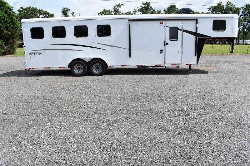 #09064 - New 2020 Bison Trail Hand 7407 4 Horse Trailer  with 7' Short Wall