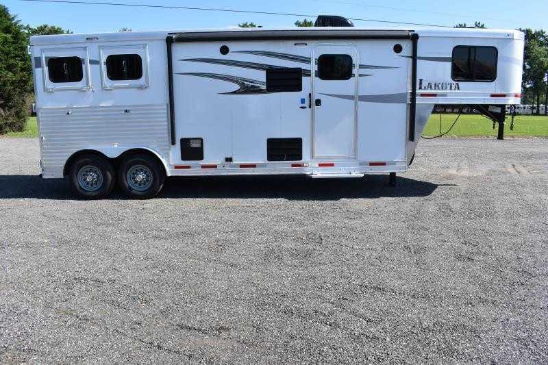#00187 - New 2020 Lakota Charger 8209SRLQ 2 Horse Trailer  with 9' Short Wall