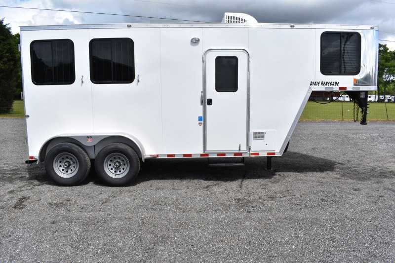 #00476 - New 2020 Harmar Dixie Renegade 7204LQ 2 Horse Trailer  with 4' Short Wall