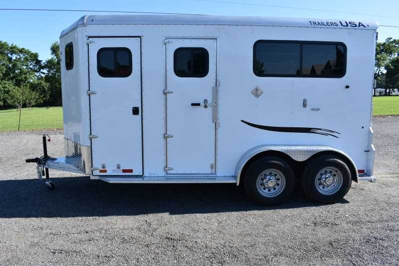 #29363 - New 2019 Trailers USA 2HSSSRBPDLX 2 Horse Trailer with 3' Short Wall