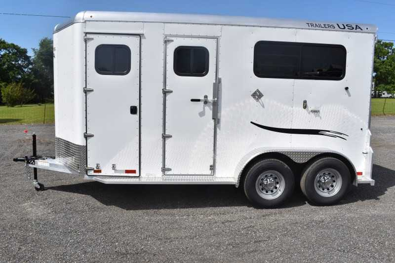 #29360 - New 2019 Trailers USA 2HSSSRBPDLX 2 Horse Trailer with 1' Short Wall
