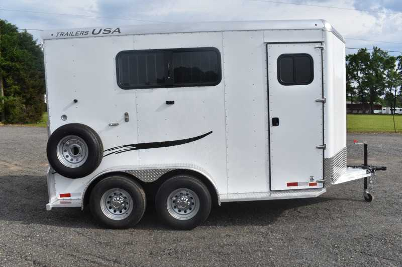 #29361 - New 2019 Trailers USA 2HSLBPDLX 2 Horse Trailer with 1' Short Wall