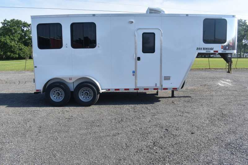 #00484 - New 2020 Harmar Dixie Renegade 7204LQ 2 Horse Trailer with 4' Short Wall