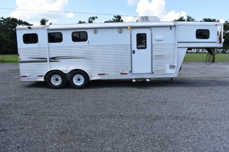 #30486 - Used 2004 Exiss 307 LQ 3 Horse Trailer  with 7' Short Wall