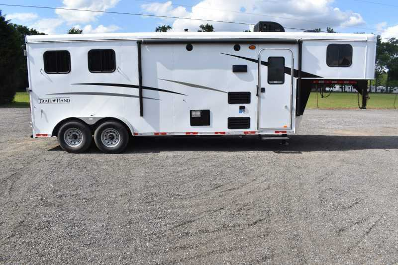 #09026 - New 2020 Bison Trail Hand 7207S 2 Horse Trailer with 7' Short Wall