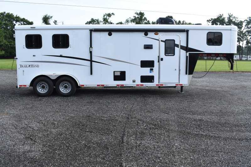 #09102 - New 2020 Bison Trail Hand 7209 2 Horse Trailer  with 9' Short Wall