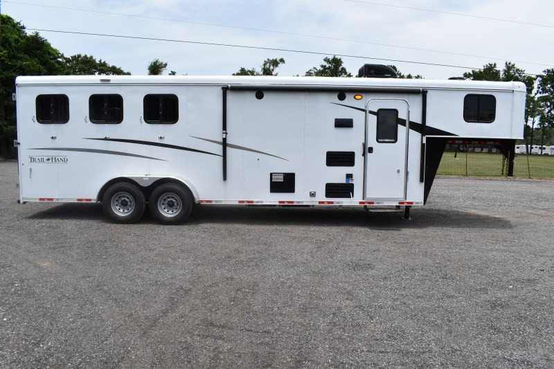#09115 - New 2020 Bison Trail Hand 7309 3 Horse Trailer  with 9' Short Wall