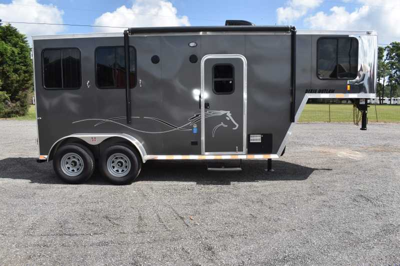 #0494s - New 2020 Harmar Dixie Outlaw 7204LQ 2 Horse Trailer  with 4' Short Wall