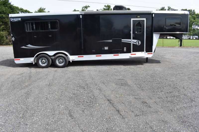 #73204 - Used 2017 Shadow 7308LQ 3 Horse Trailer  with 8' Short Wall