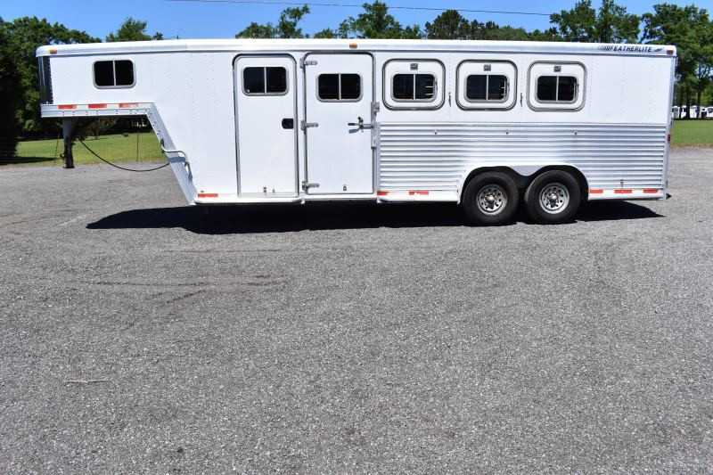 #23247 - Used 1999 Featherlite 8546 4 Horse Trailer with 5' Short Wall