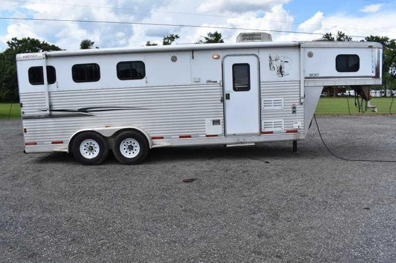 #35036 - Used 2006 Exiss 7307GLQ 3 Horse Trailer  with 7' Short Wall