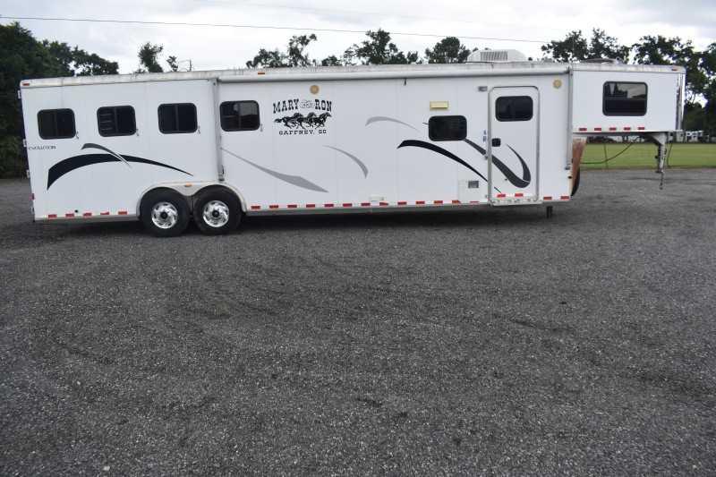 #51045 - Used 2006 Kiefer Built evolution 4h GLQ 4 Horse Trailer  with 12' Short Wall