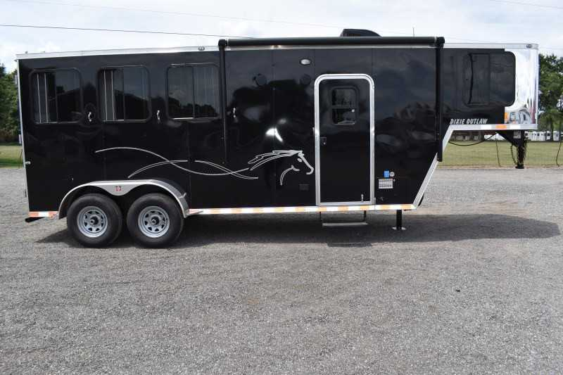 #00492 - New 2020 Harmar Dixie Outlaw 7304LQ 3 Horse Trailer  with 4' Short Wall