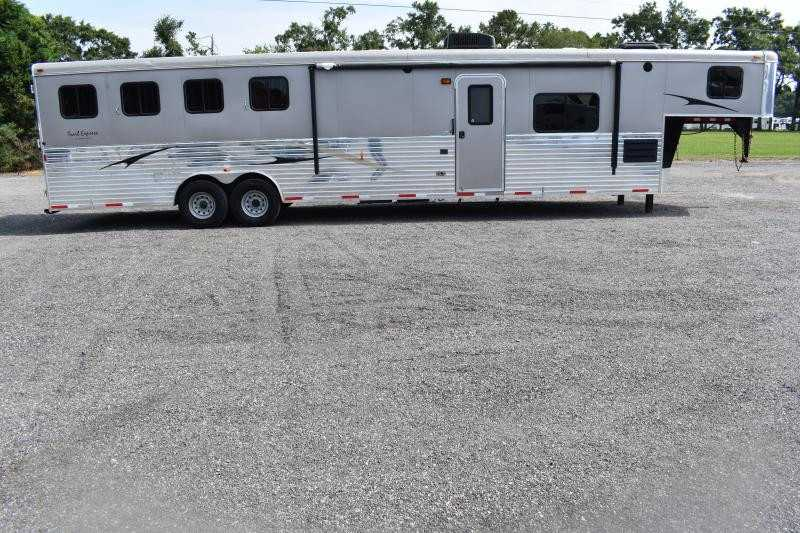 #03395 - Used 2014 Bison RANGER 8414 4 Horse Trailer  with 15' Short Wall