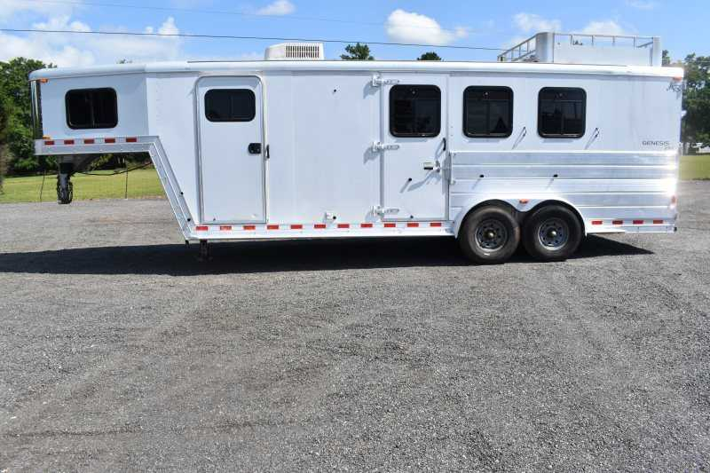 #46774 - Used 2004 Kiefer Built 7308 3 Horse Trailer with 8' Short Wall