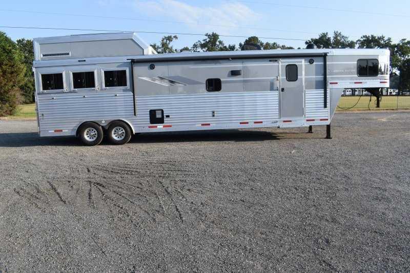 #00524 - New 2020 SMC SL8316SSRUG 3 Horse Trailer  with 16' Short Wall