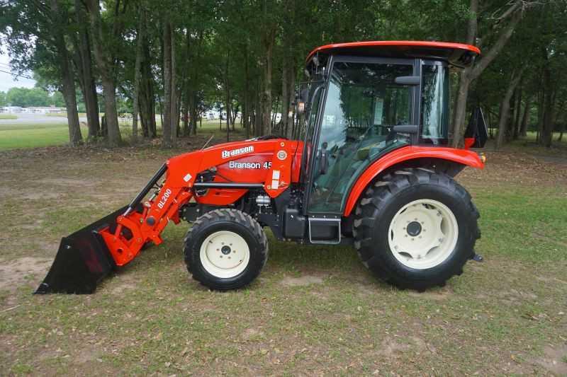 #00003 - New 2019 Branson 4520C Tractor
