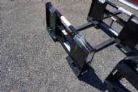 New Titan Mfg. PF100 Pallet Fork