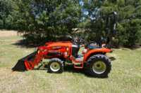#00034 - New 2019 Branson 2400 Tractor