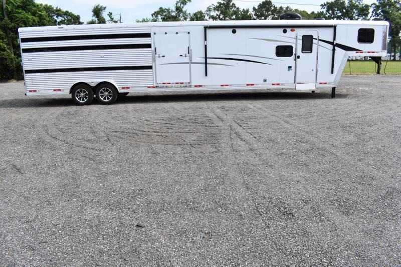 #09019 - New 2020 Bison Laredo 8011STLT Stock Trailer with 11' Short Wall