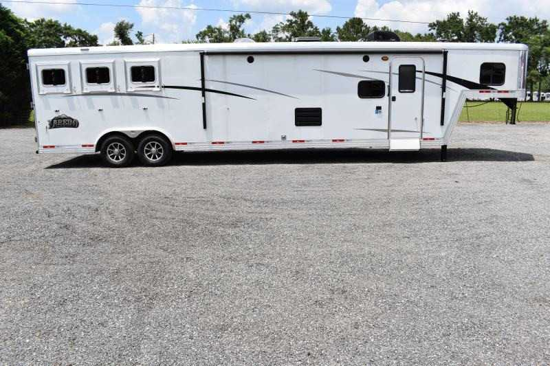 #08771 - New 2020 Bison Laredo 8316SS 3 Horse Trailer  with 16' Short Wall
