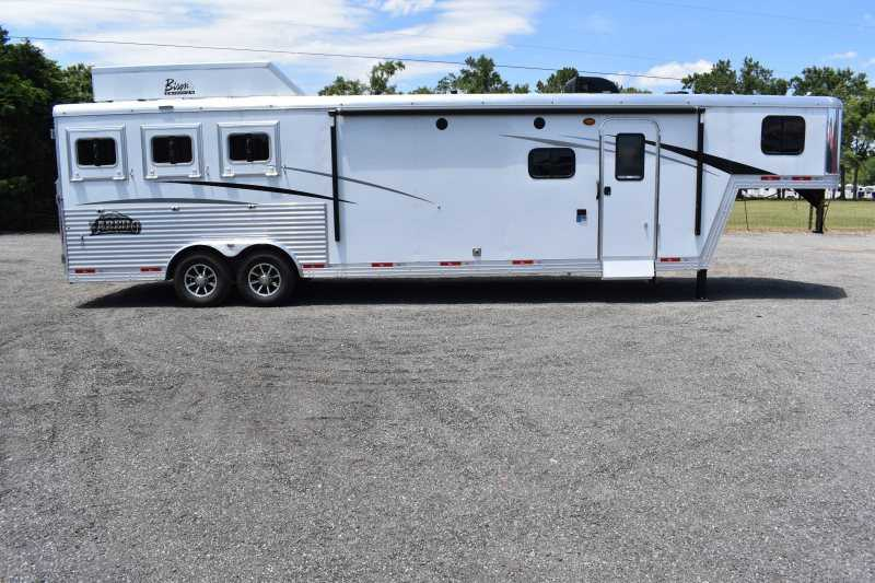 #09068 - New 2020 Bison Laredo 8313GBSO 3 Horse Trailer  with 13' Short Wall