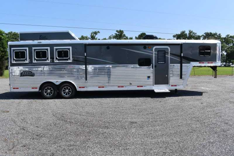 #09044 - New 2020 Bison Laredo 8311RS 3 Horse Trailer  with 11' Short Wall
