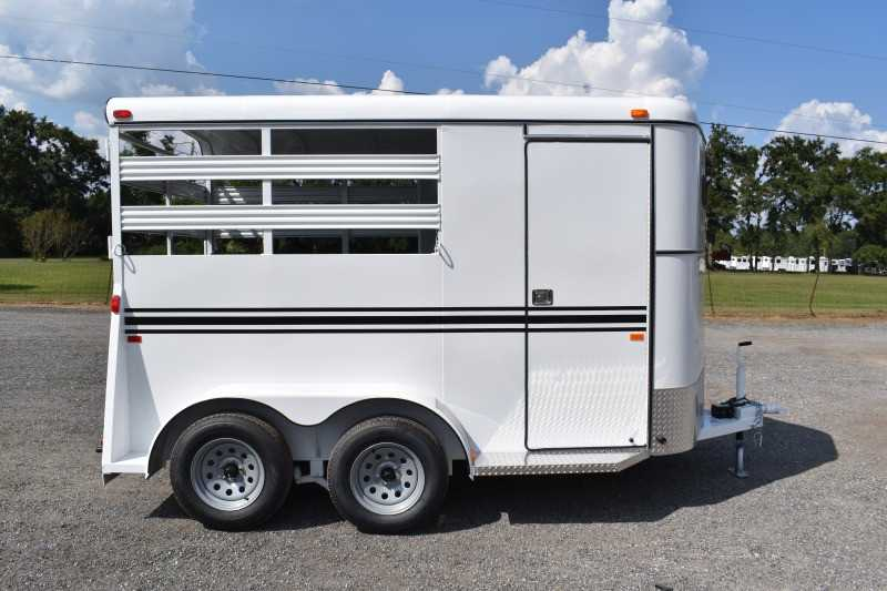 #77114 - New 2020 Bee 2HBPSL 2 Horse Trailer  with 2' Short Wall