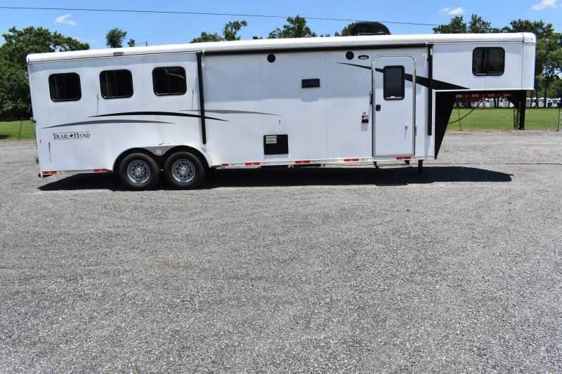 #07615 - Used 2018 Bison 7311TH 3 Horse Trailer  with 10' Short Wall