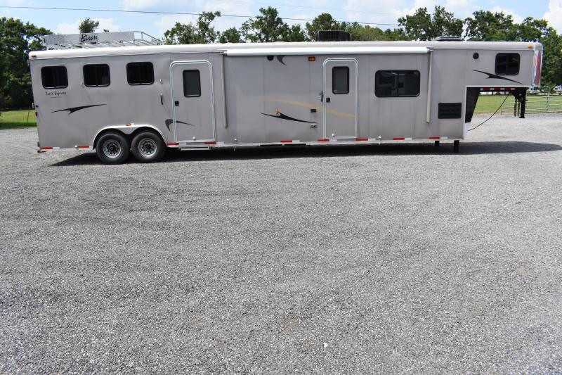 #02073 - Used 2012 Bison GN 8317MTLQ 3 Horse Trailer  with 21' Short Wall