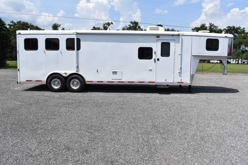#07526 - Used 2005 Bison 8310LQ 3 Horse Trailer  with 11' Short Wall