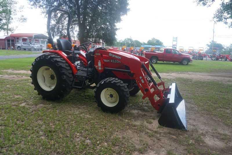 #00015 - New 2020 Branson 4520R Tractor
