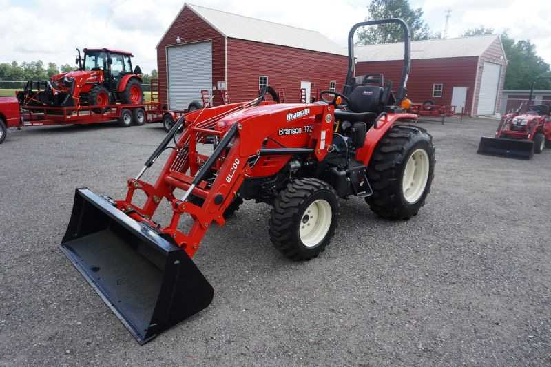 #00026 - New 2019 Branson 3725H Tractor