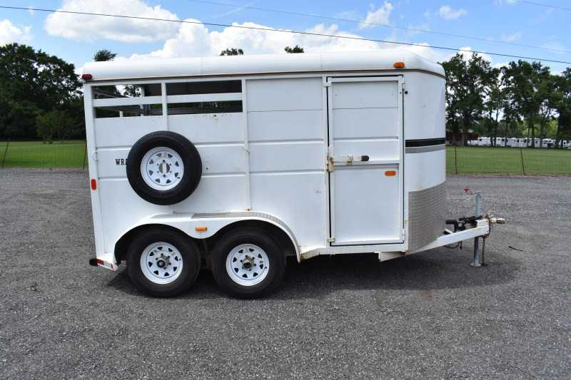 #25533 - Used 2003 Logan Coach 2HSLBP 2 Horse Trailer  with 2' Short Wall