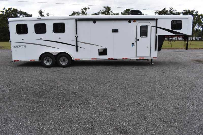 #09193 - New 2020 Bison Trail Hand 7311 3 Horse Trailer  with 11' Short Wall