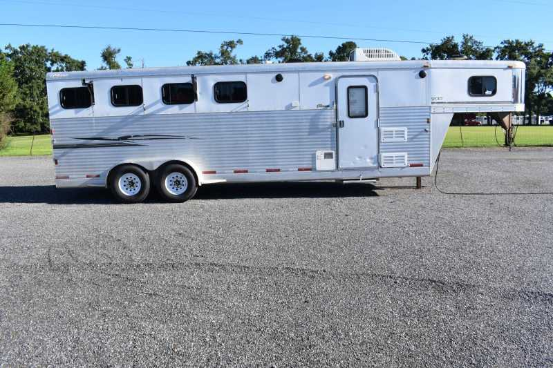 #35388 - Used 2006 Exiss 7407LQ 4 Horse Trailer  with 7' Short Wall