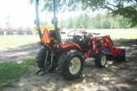 #00139 - New 2019 Branson 2510H Tractor